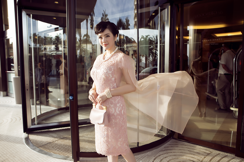 Lý Nhã Kỳ lộng lẫy, tinh tế với cách tạo hình như Audrey Hepburn