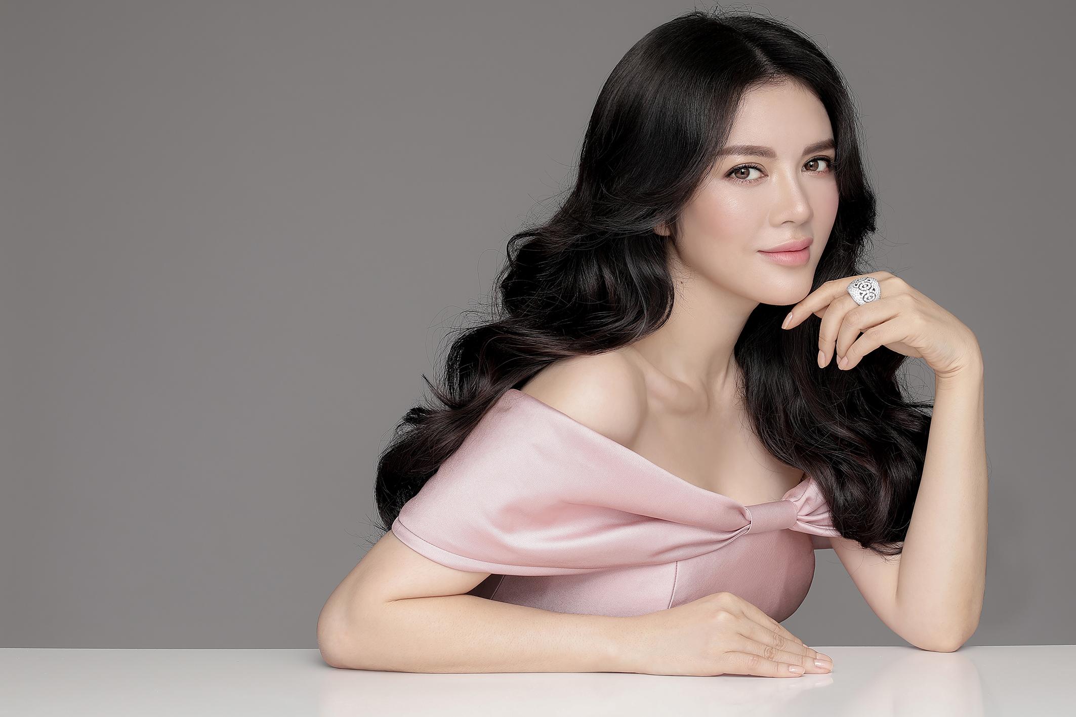 Lễ sắc phong công chúa Mindanao - Lý Nhã Kỳ