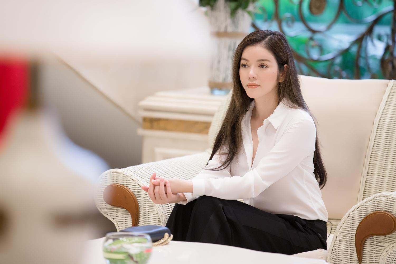 Lý Nhã Kỳ đẹp thanh lịch sau hậu trường 'Miss Grand International 2017'